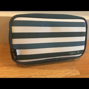 NWOT Agnes B. for Cathay Pacific Zip makeup pouch